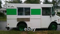 2002 18' Lightly Used Chevrolet Workhorse P30 Mobile Kitchen Food Truck for Sa