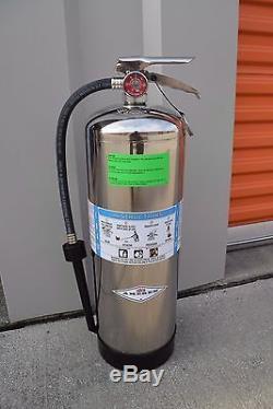 Lot of 4 AMEREX Model 250 2.5 Gallon Foam Fire Extinguisher w 02141 Fill Adapter