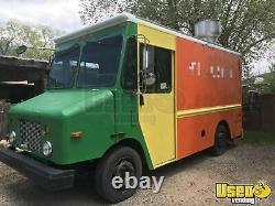 Low Mileage 2004 Freightliner MT45 Mobile Kitchen Food Truck for Sale in New Mex