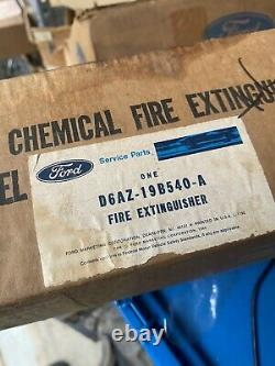NOS 1970s FORD MUSTANG TORINO GALAXIE LTD FIRE EXTINGUISHER