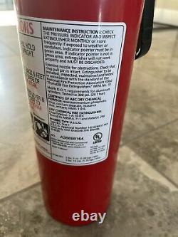 Supreme Kidde Fire Extinguisher 2015 New witho box