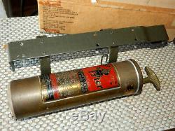 Wwii Fire Extinguisher Fyr-fyter & New Bracket Jeep MB Gpw Cckw M38 Cj2a